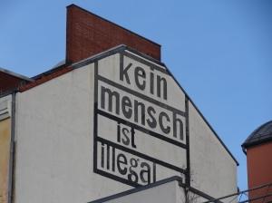 Kein Mensch ist illegal (Bild: Cherubino/Wikimedia)